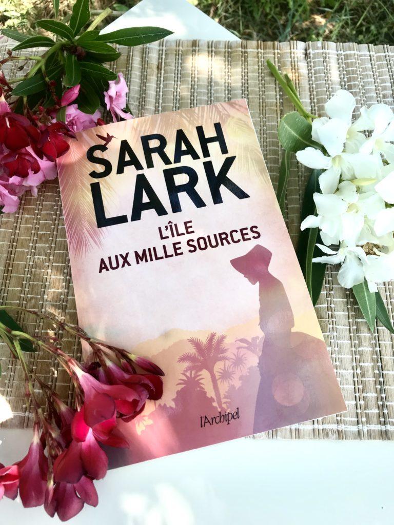 Sarah Lark l'île aux mille fleurs roman d'évasion