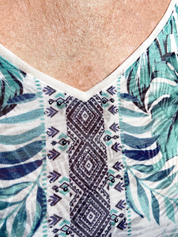 top-breal-bleu-vert-look-vetements