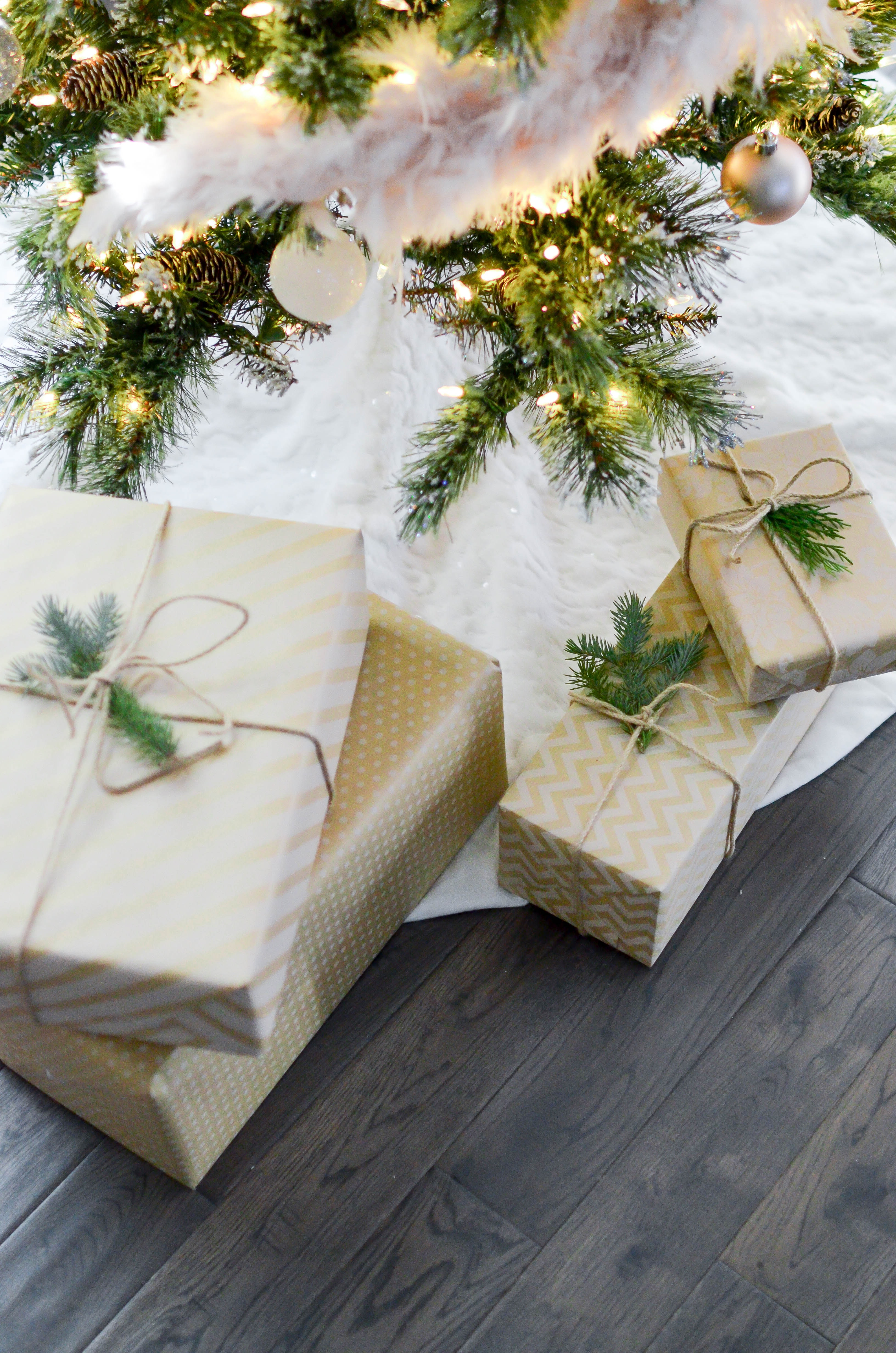 sapin-noel-traditions-concours-cadeaux-