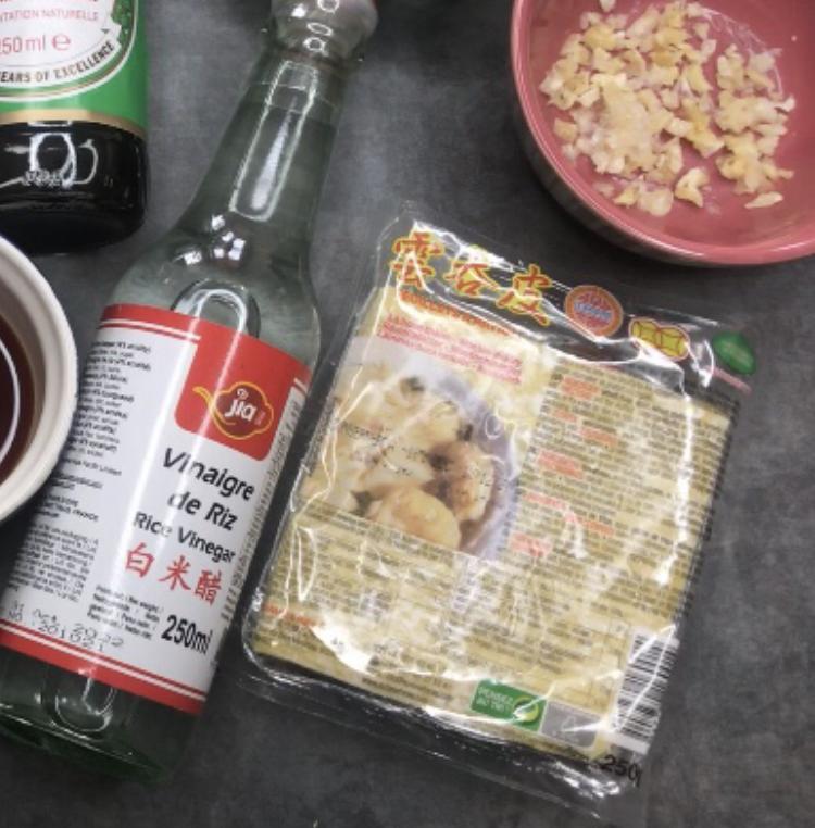 cuisine-raviolis-chinois-gyozas-a-la-crevette-